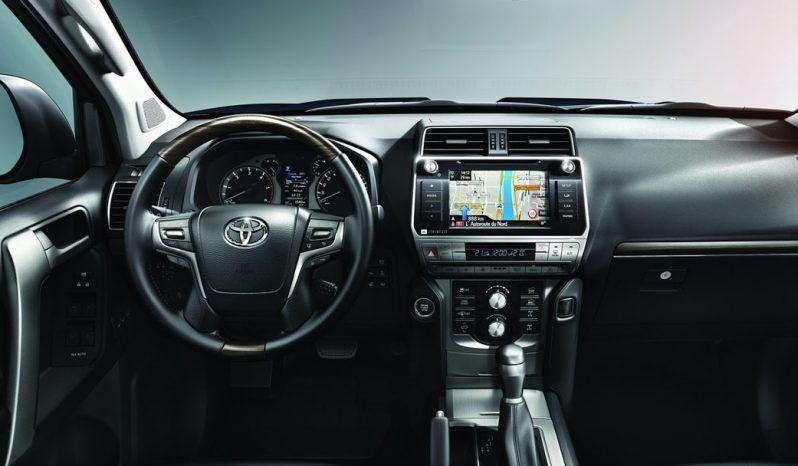 تويوتا برادو VX1 4WD 2018 ممتليء